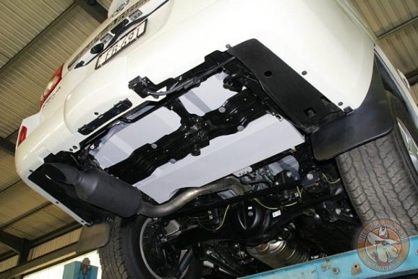 Hilux Long Range Fuel Tanks